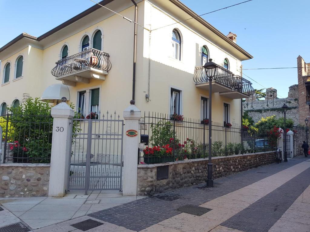 Hotel Villa Cansignorio Lazise, Italy