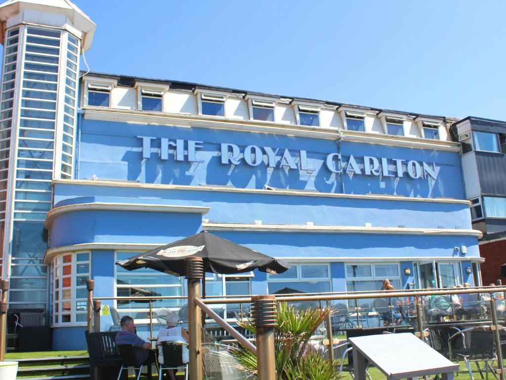 Royal Carlton Hotel