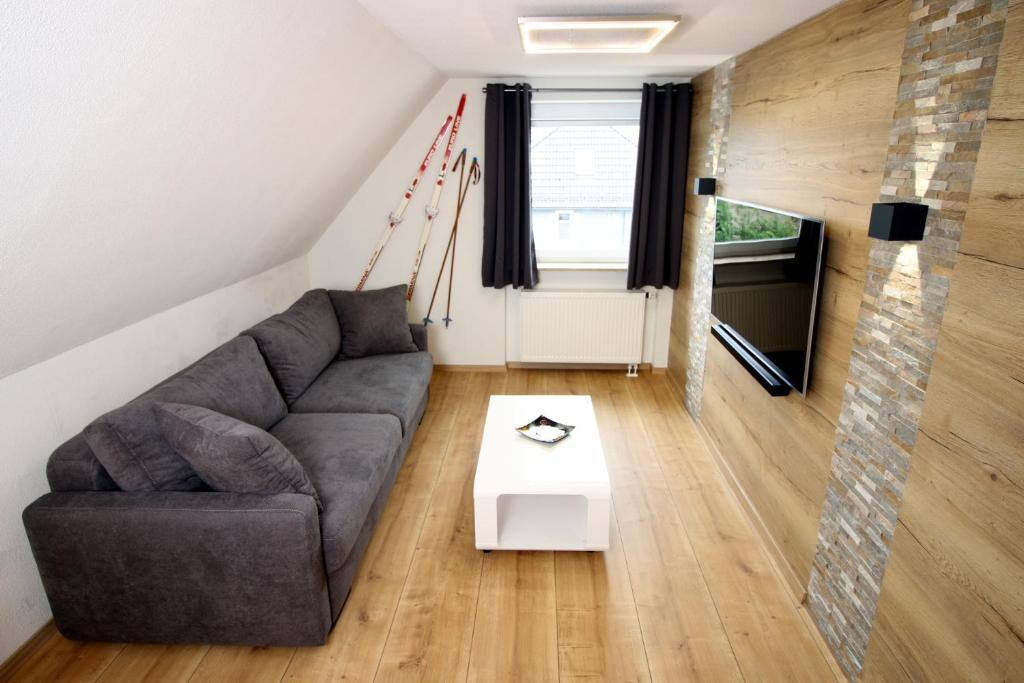 Ein Sitzbereich in der Unterkunft Germina Apart