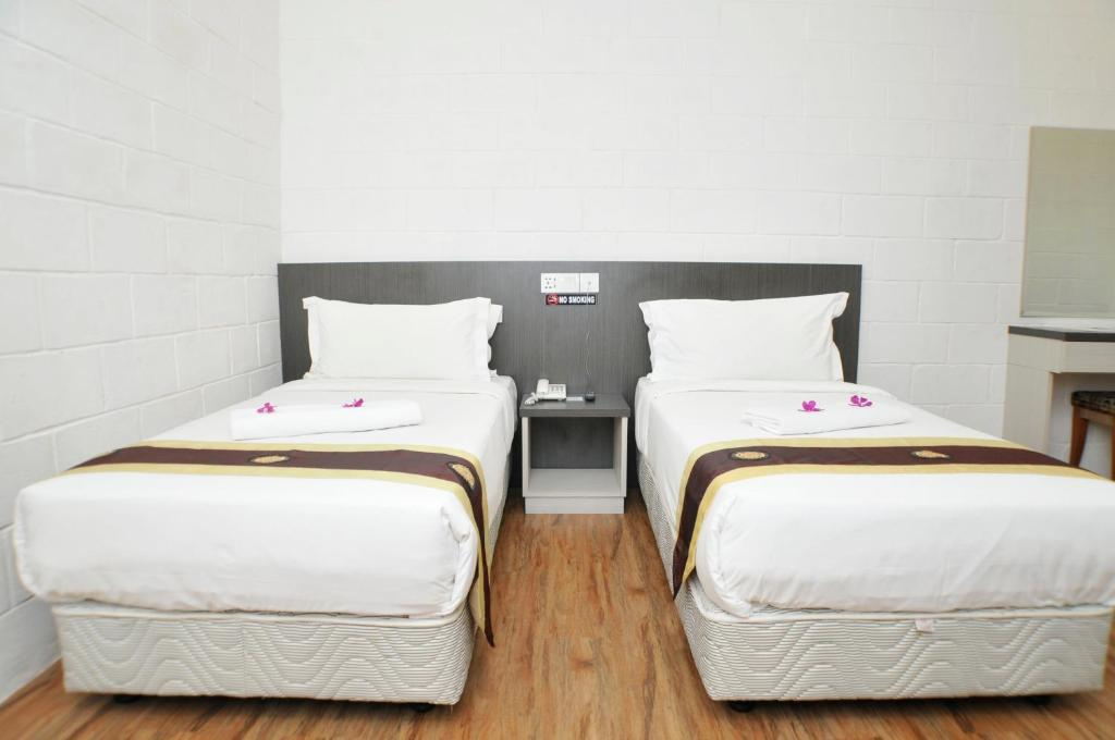 Katil single twin Promenade Service Apartment KK