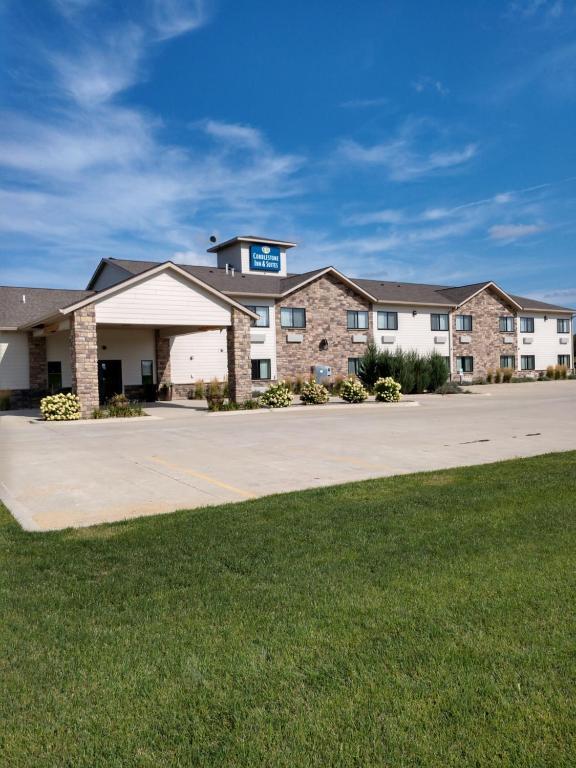Cobblestone Inn & Suites - Monticello