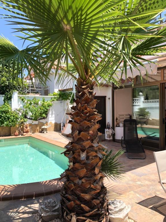 Casa Lina 900 m vom Strand mit Pool