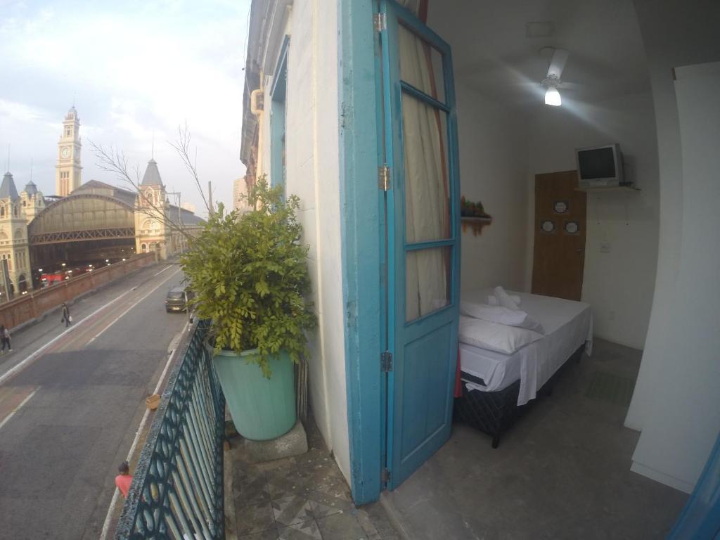 Balcony Hostel Hotel