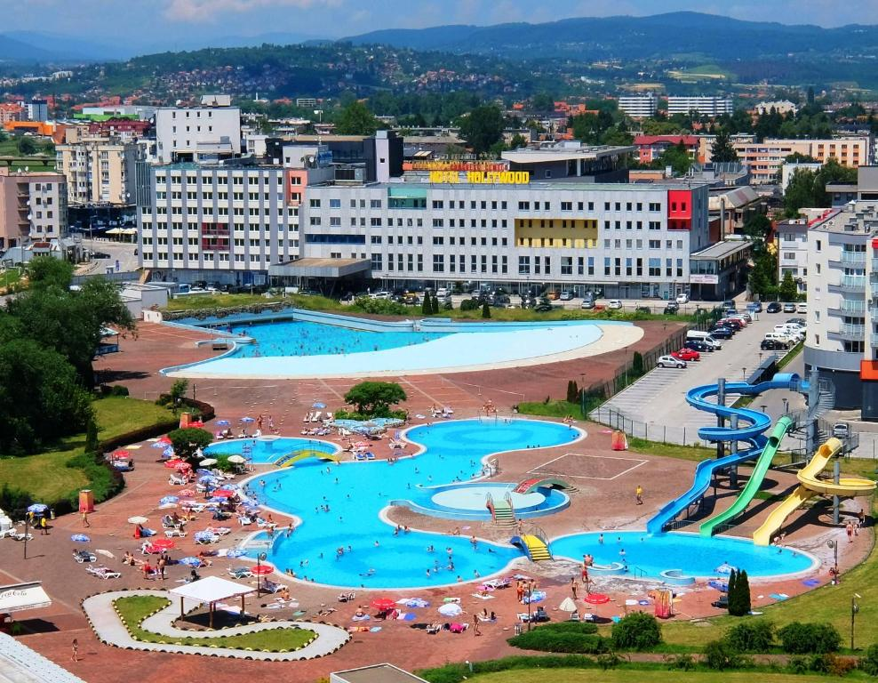 Hotels In Lepenica
