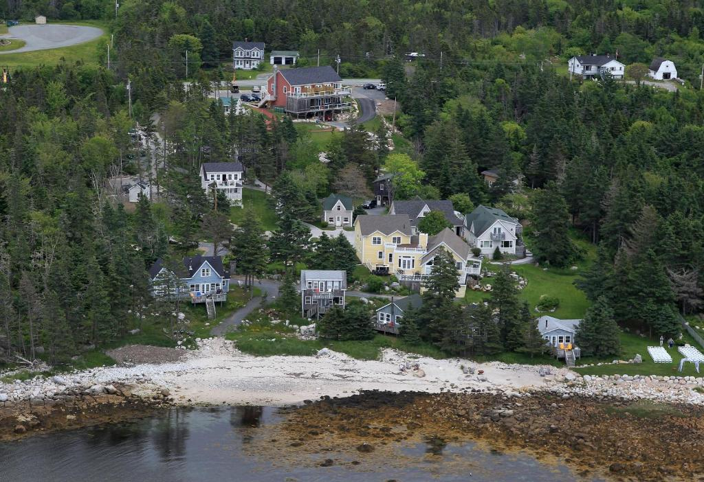 A bird's-eye view of Oceanstone Seaside Resort