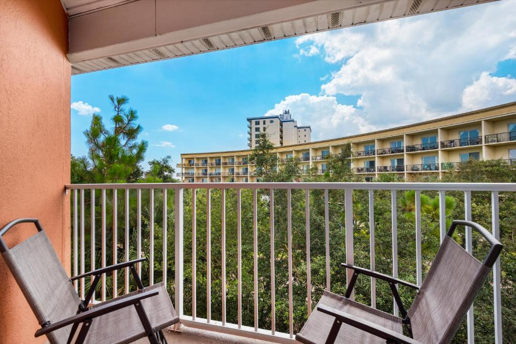 Gulf View 323 by RealJoy Vacations