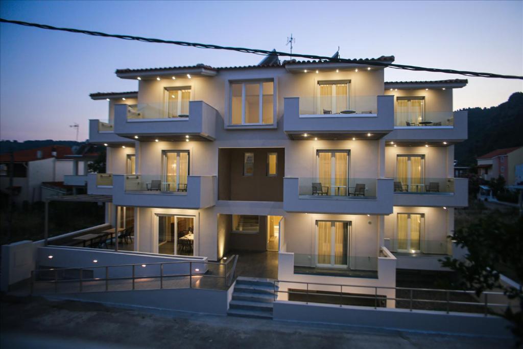 Verano Apartments, Agia Anna, Greece