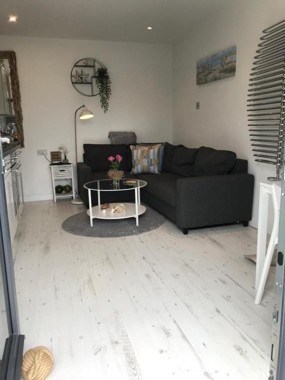 Ocean Drive Boutique Apartment Adults Only 7 miles of sandy beach