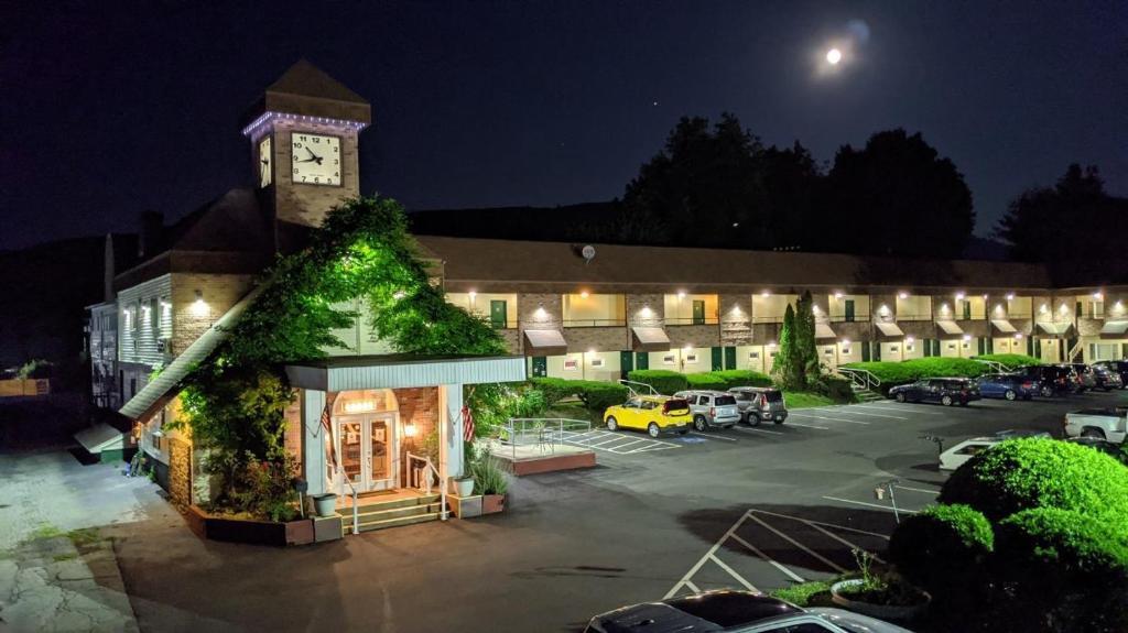 The Black Mountain Inn