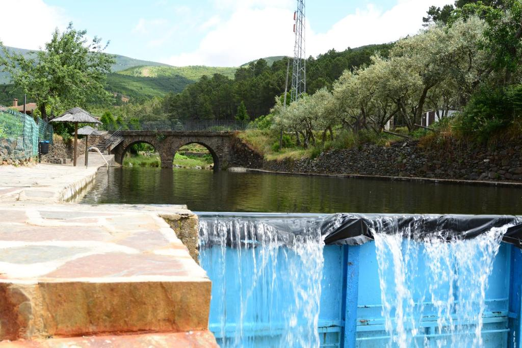 The swimming pool at or near Ramajal Rural