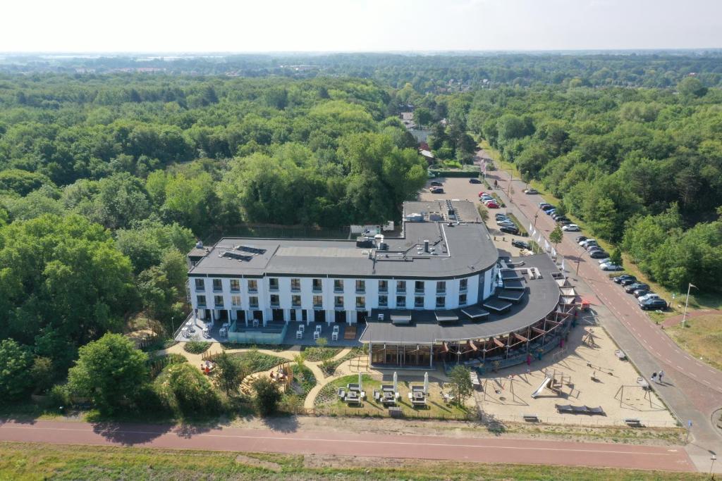 Vue panoramique sur l'établissement ´t Wapen van Marion