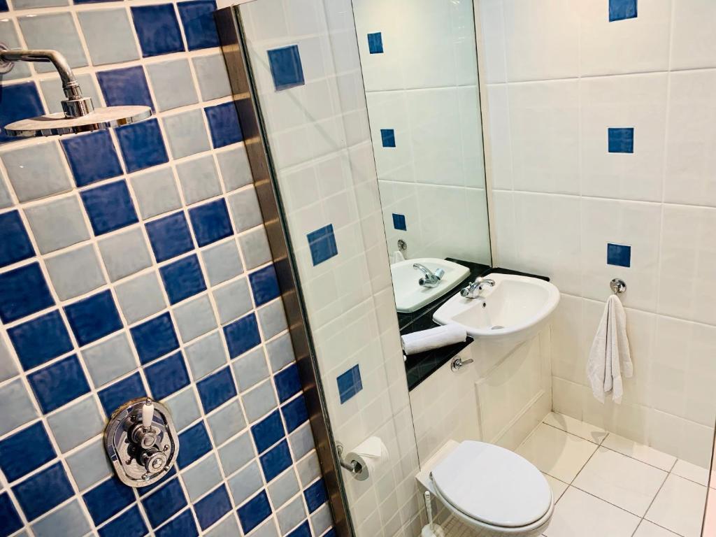 A bathroom at Carleton Village