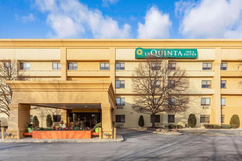 La Quinta by Wyndham Chicago Tinley Park