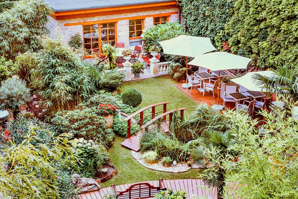 A bird's-eye view of Garden Boutique Hotel
