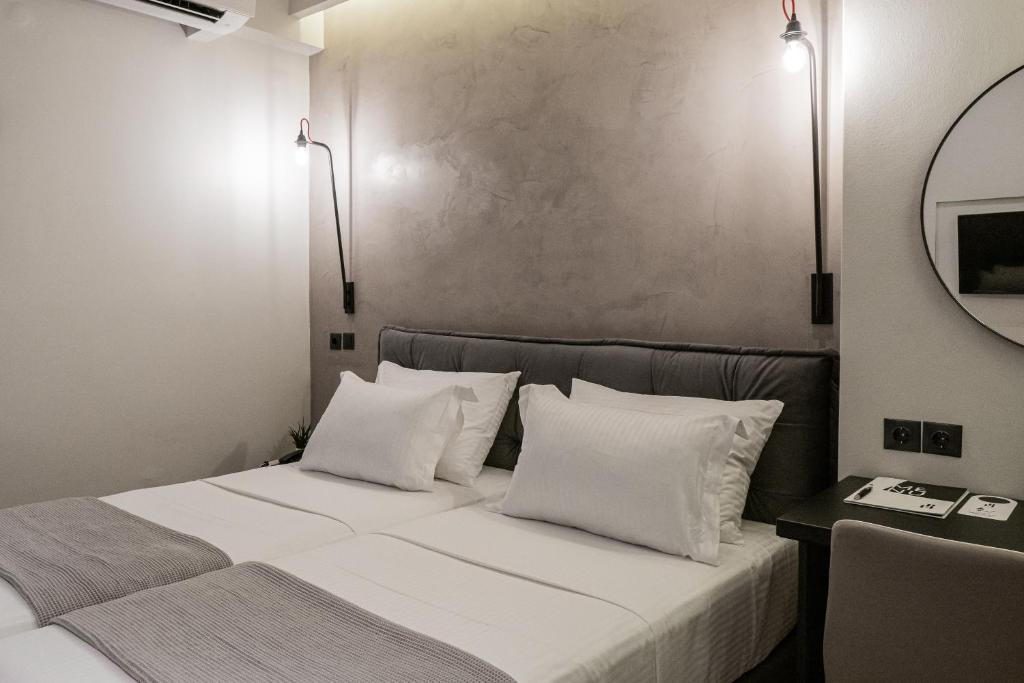 A bed or beds in a room at Hotel Park
