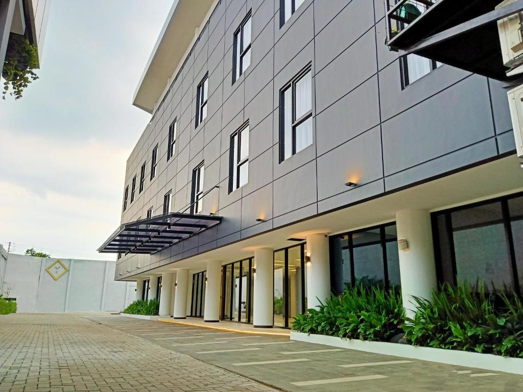 Hotel Youstay Semarang