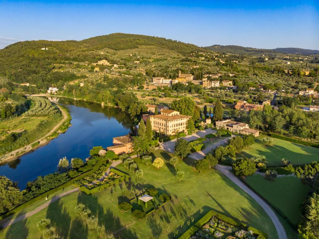 A bird's-eye view of Villa La Massa