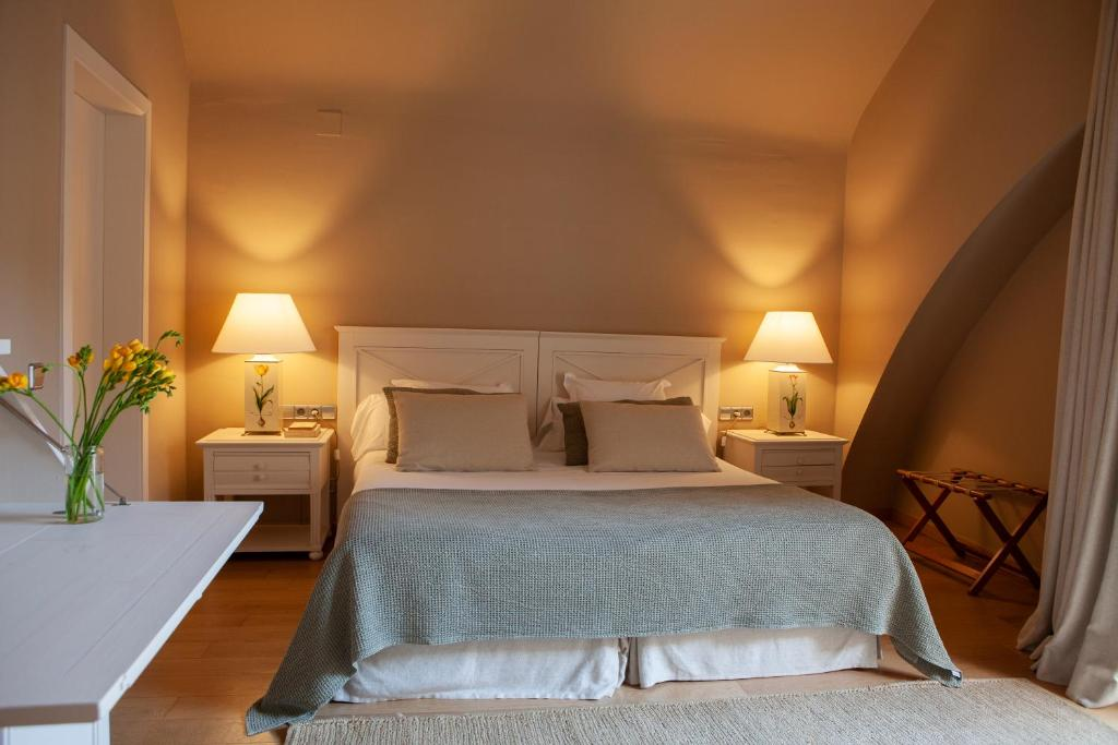 boutique hotels in llafranc  33