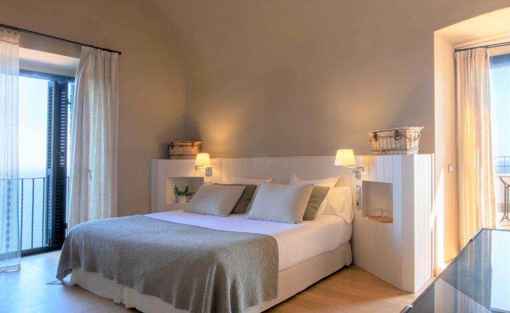boutique hotels in llafranc  32