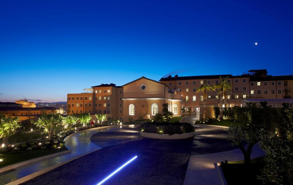 Бассейн в Villa Agrippina Gran Meliá – The Leading Hotels of the World или поблизости