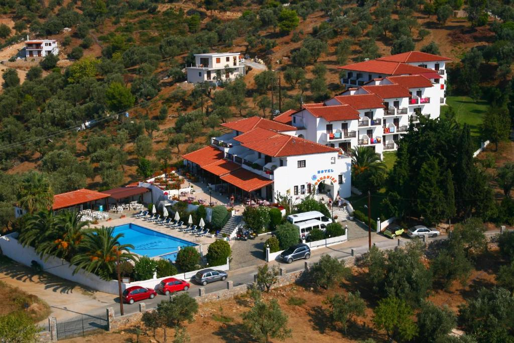 A bird's-eye view of Hotel Paradise