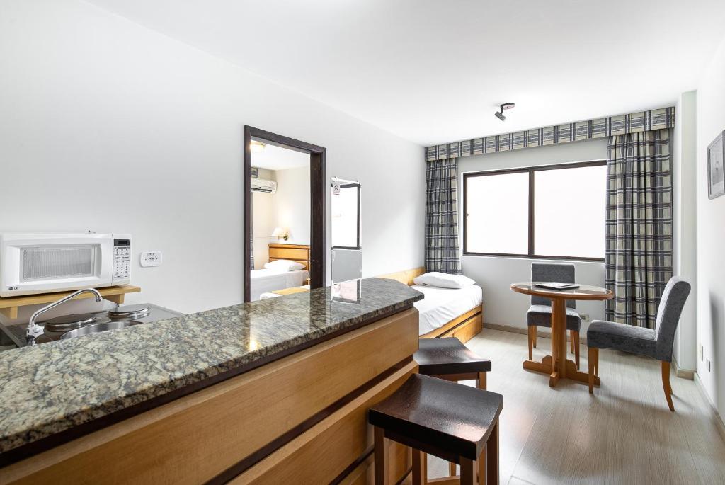 A bathroom at Hotel Flat Petras Residence