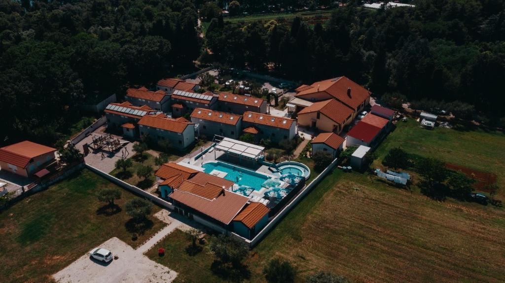 Blick auf Resort Zatišje aus der Vogelperspektive