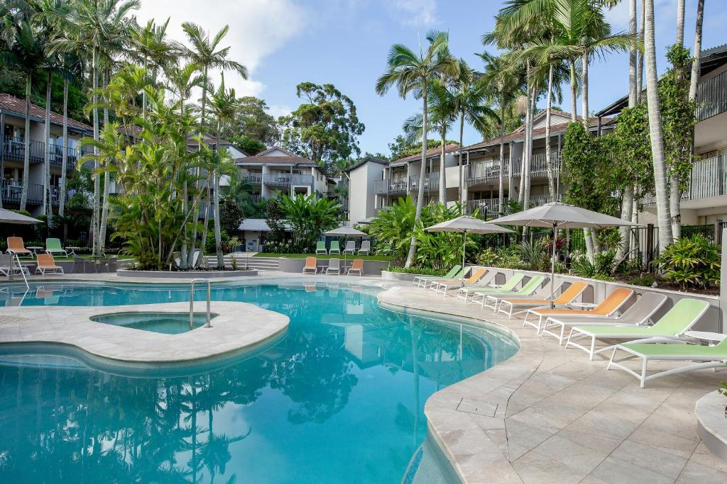 The swimming pool at or near Mantra French Quarter Noosa