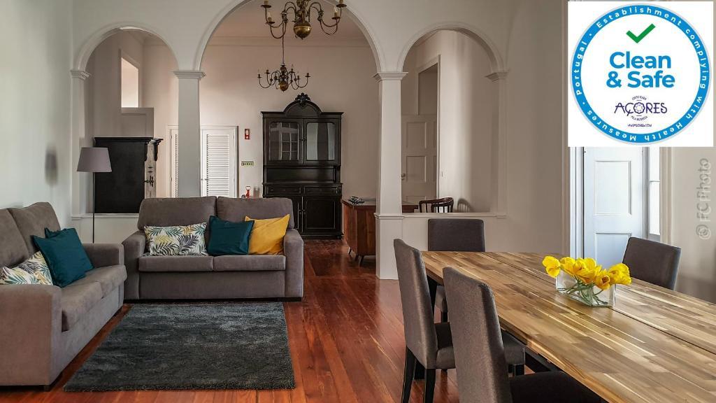 """CC Guest House - """"Ao Mercado"""""""