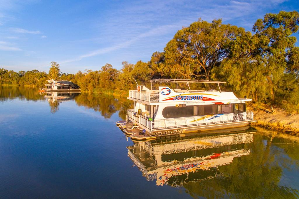 All Seasons Houseboats, Mildura (7.7/10) | Updated 2021 Prices