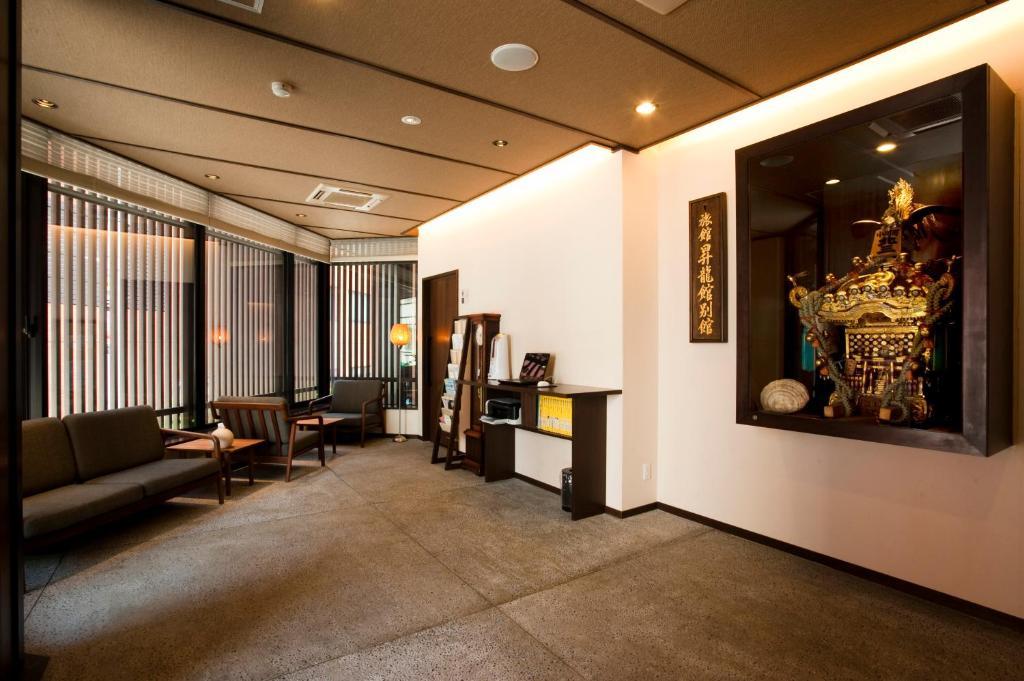 お茶の水ホテル昇龍館のロビーまたはフロント