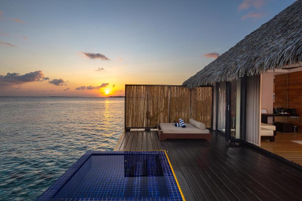 Resort Adaaran Prestige Vadoo, South Male Atoll, Maldives - Booking.com