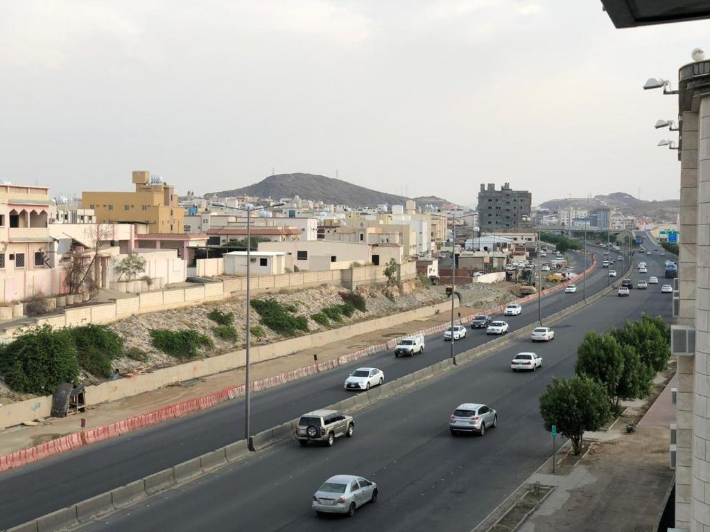 شقق فندقية الـــــورود الســـــــبع السعودية الطائف Booking Com