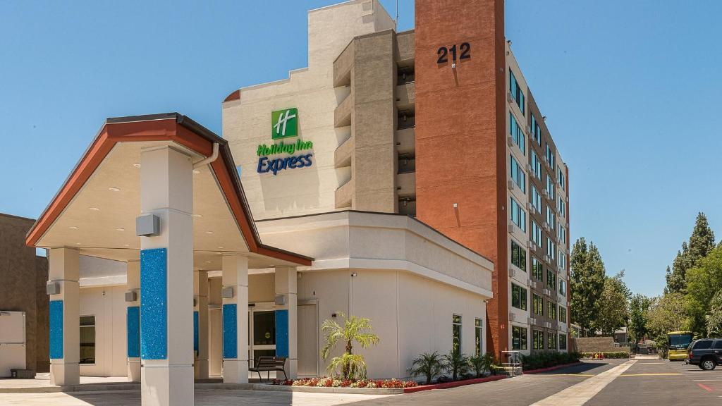 Holiday Inn Express Fullerton Anaheim.