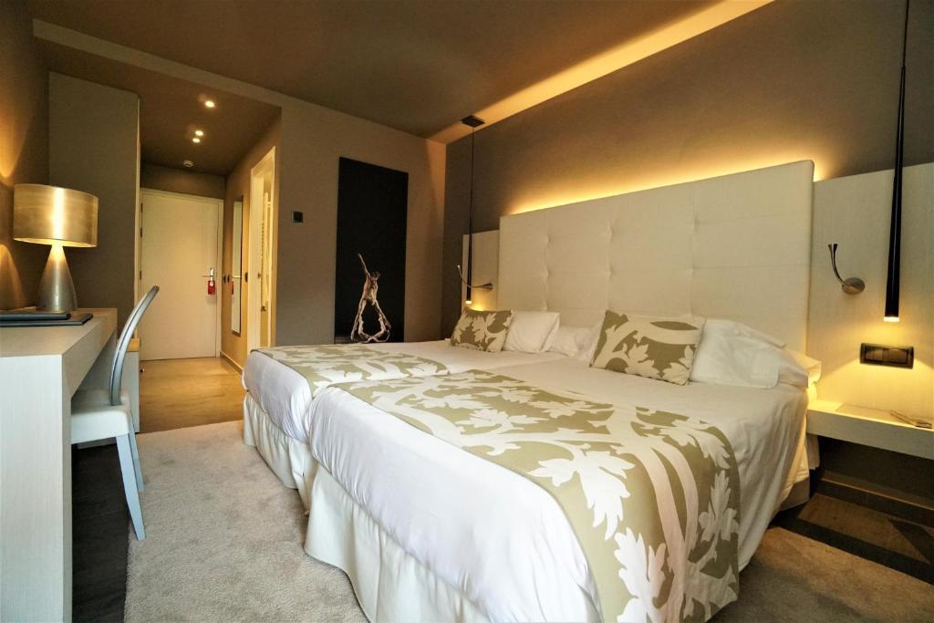 hoteles con encanto en andorra  113