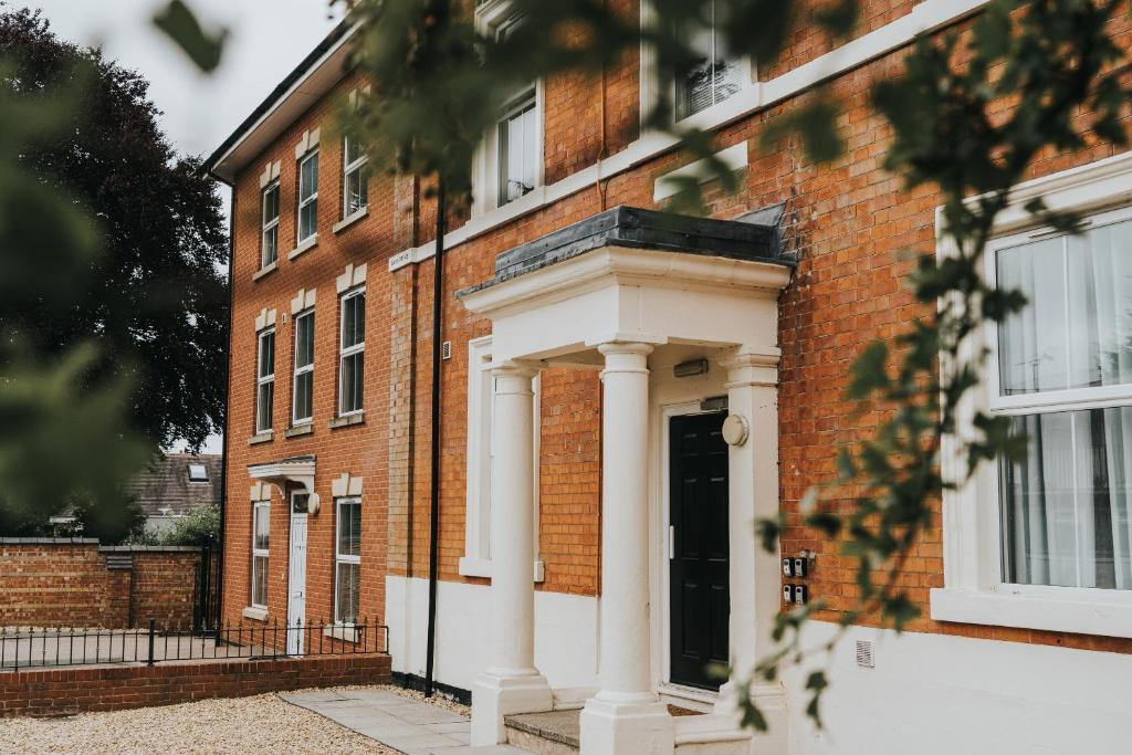 The Stay Company, Dalby House