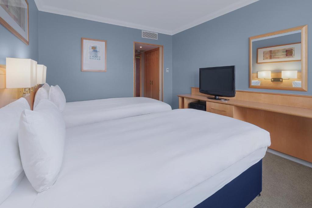 Top 10 Stunning 4-Star Hotels In Kensington