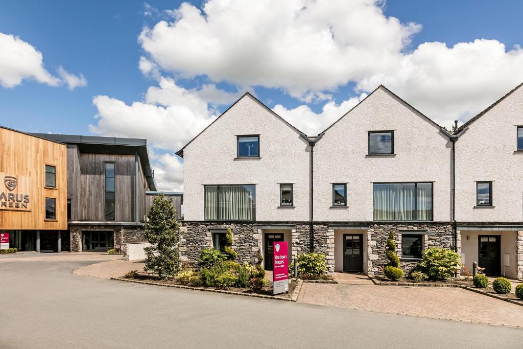 Carus Green Golf Club Townhouse in Kendal, Cumbria, England