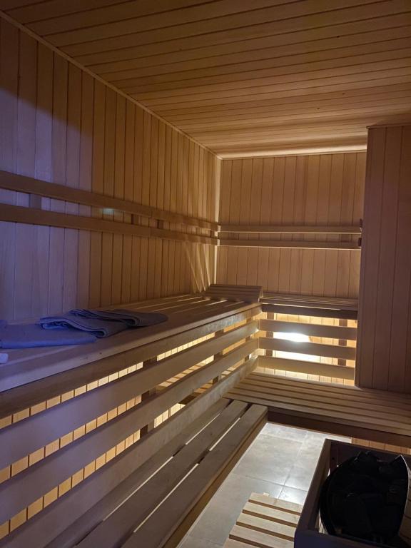 Sauna Apartment No 8 Klonowa Centrum nad Zalewem 200m2 - Idealny także na Spotkania biznesowe -12 osób!
