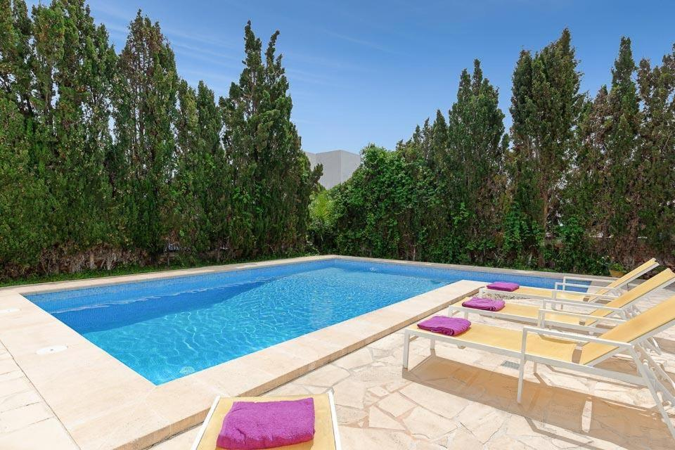Cala Egos Villa Sleeps 6 with Air Con and WiFi 3