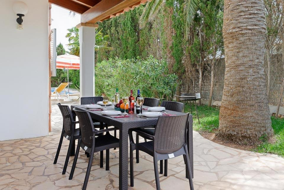 Cala Egos Villa Sleeps 6 with Air Con and WiFi 7