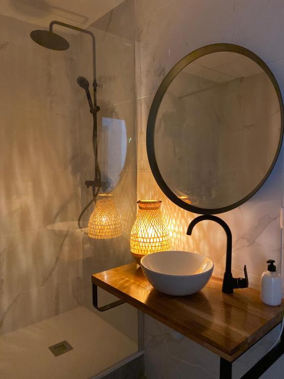 A bathroom at Shanti Rooms