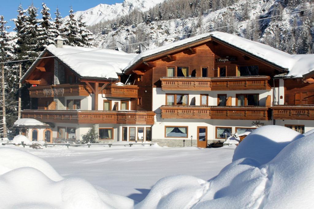 Hotel Bouton D'Or durante l'inverno