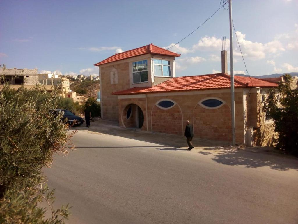 Apartments In Ad Dayr