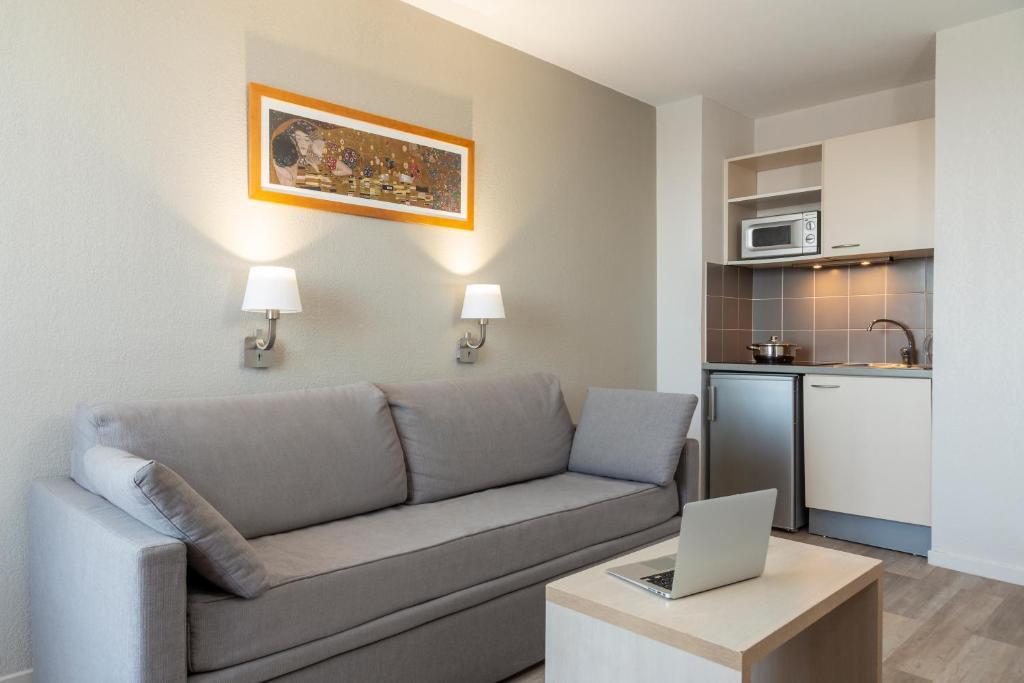 Aparthotel Adagio Access Avignon - Laterooms