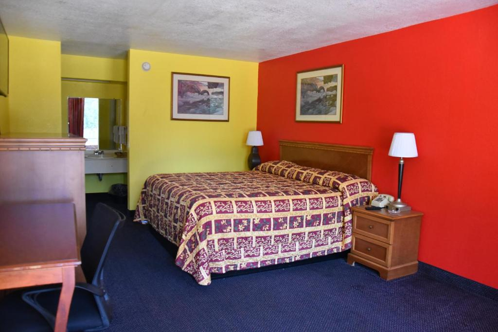 Homeplace Inn