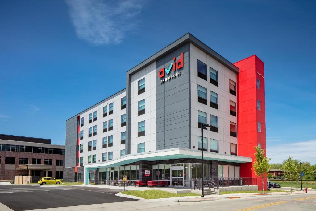 avid hotels - Madison - Monona