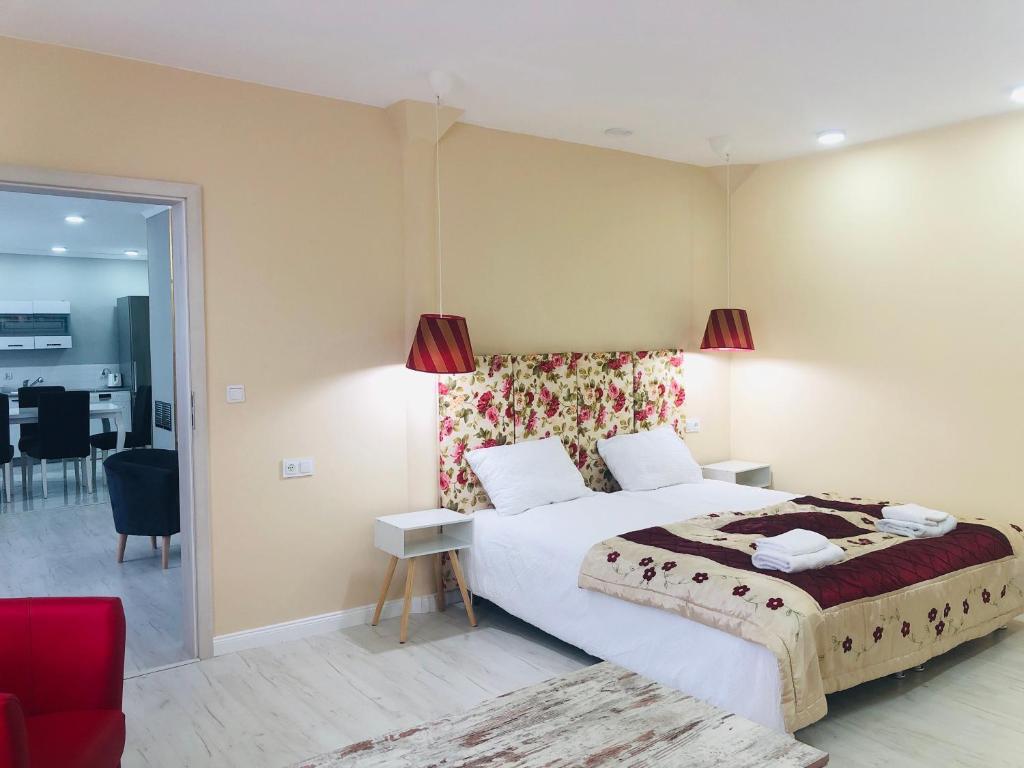 Apartament Karczyn z 3 sypialniami i ogrodem