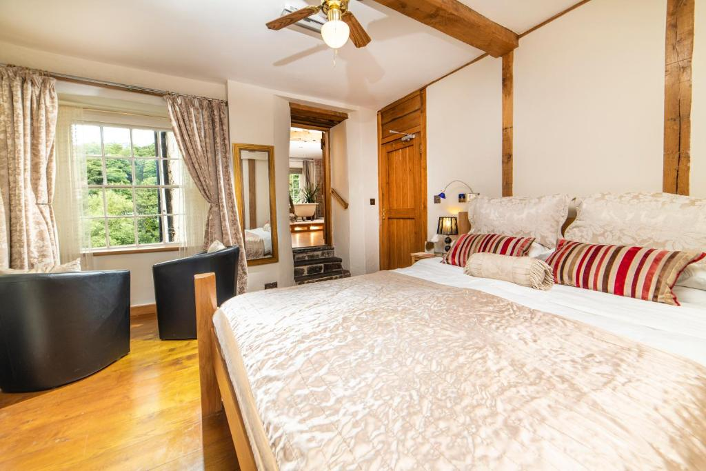 Cornerstones Guest House - Laterooms