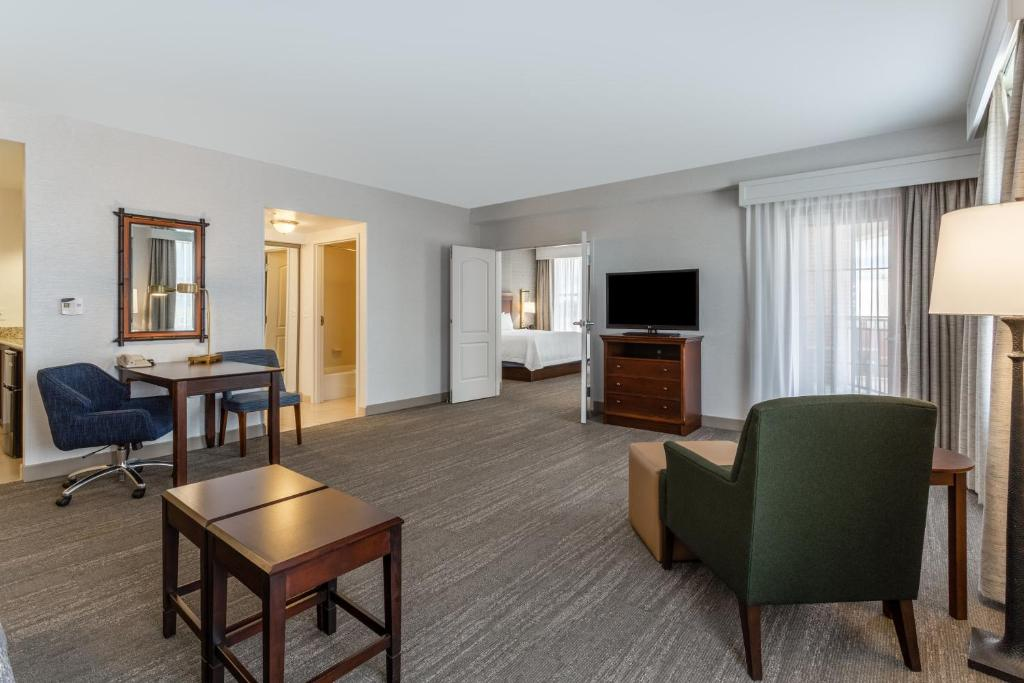 Hampton Inn & Suites Saratoga Springs Downtown